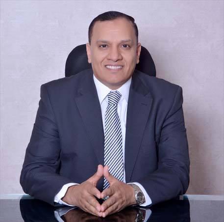 السيرة الذاتية لمرشح الرئاسة محمود رمضان